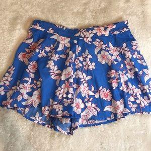 Short skirt floral Charlotte Russe